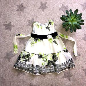 💐Gorgeous Flower Dress 👗 Size: 2T